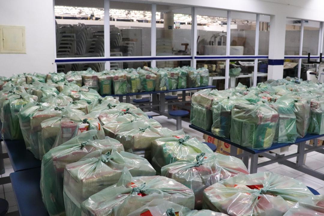 Lar doa mais de 200 cestas básicas aos assistidos